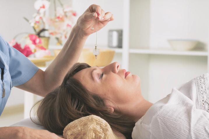 Hypnose pour dormir profondément et rapidement